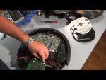 Reparación sensores iRobot Roomba: desmontar y colocar pegatina