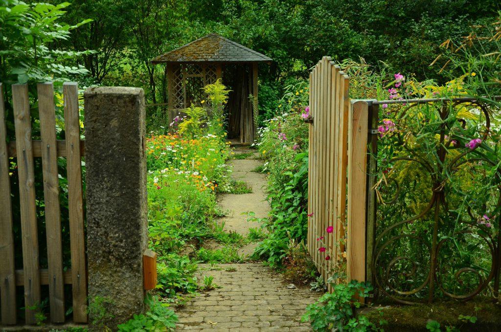 Proyectos de carpintería: 100 Ideas para tu jardín