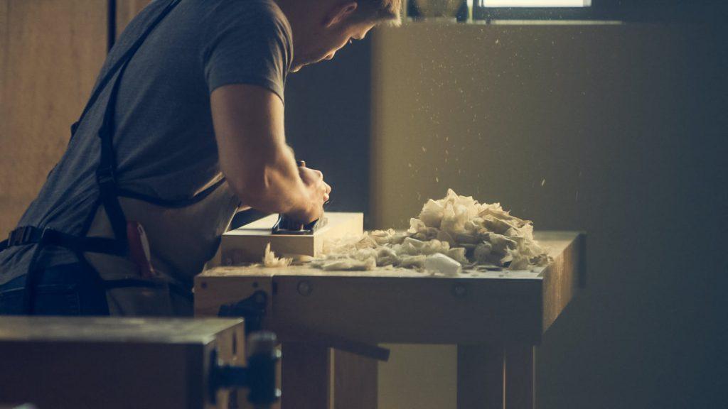 ¡Construye una mesa de trabajo, para carpintería !