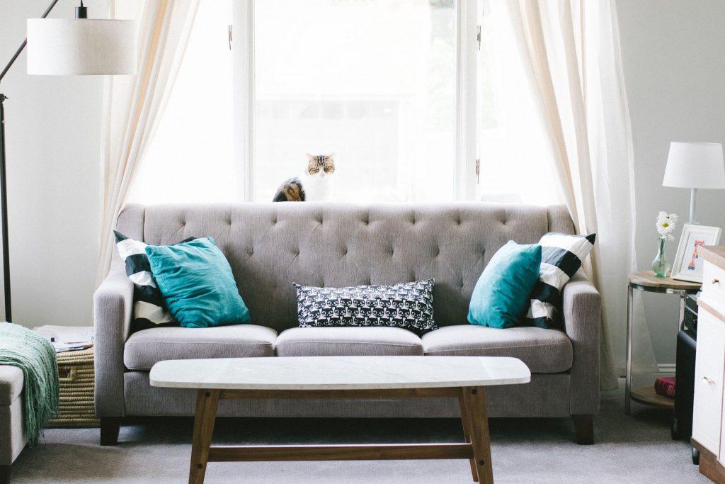 Tapizar un sofá, paso a paso